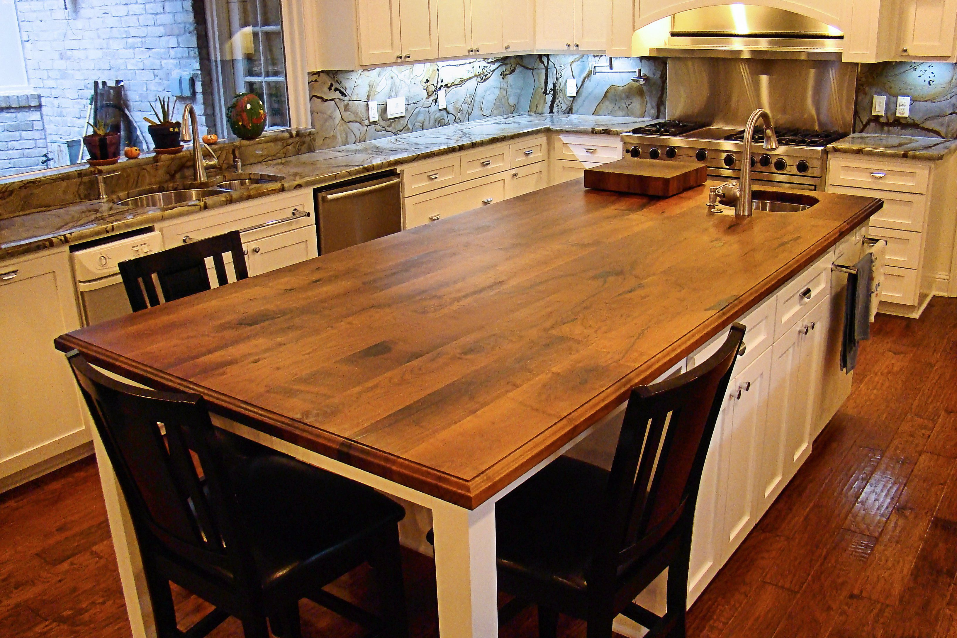 Mesquite wood countertop photo gallery by devos custom for Designer countertops
