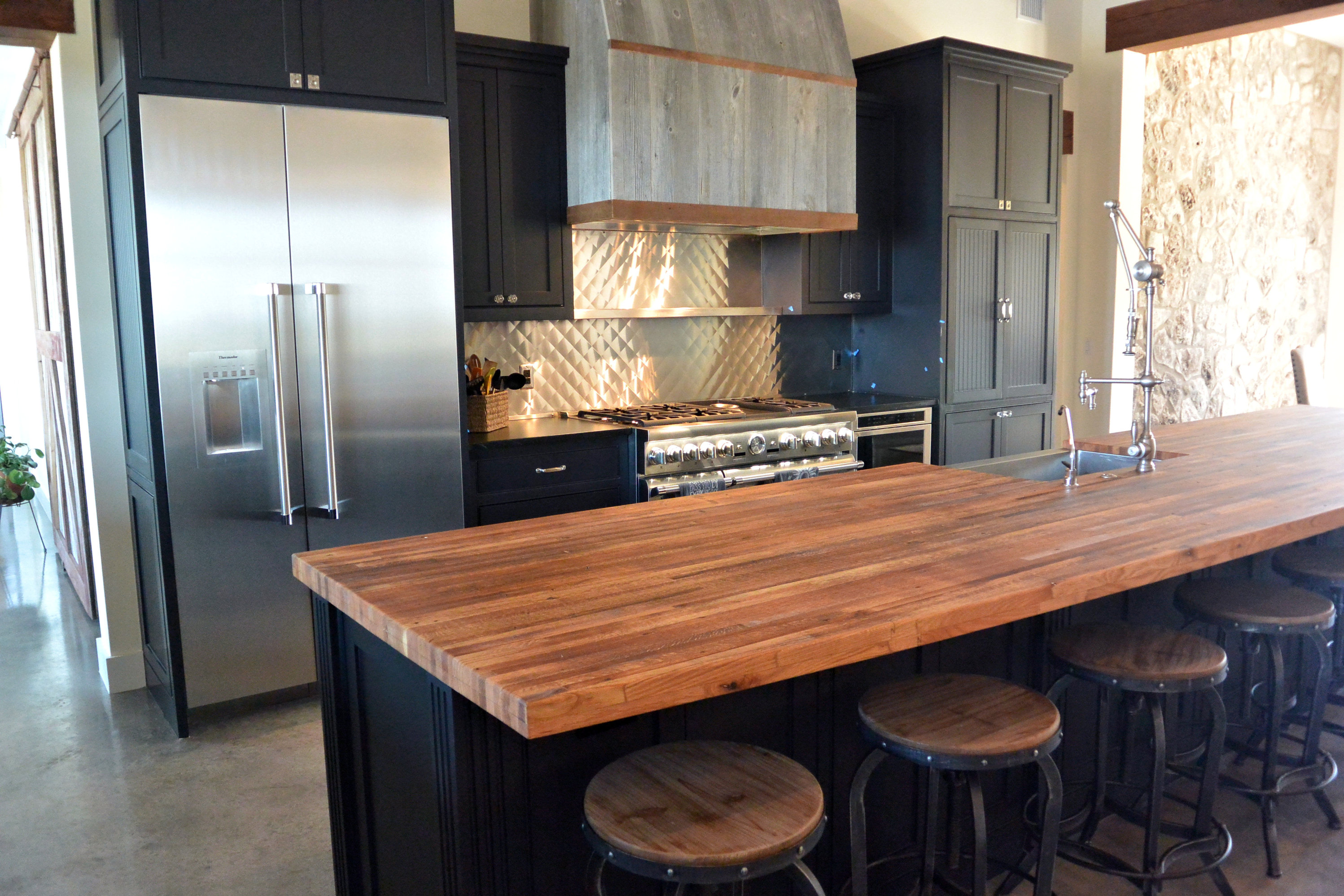 Reclaimed Boxcar Flooring Wood Countertop Photo Gallery