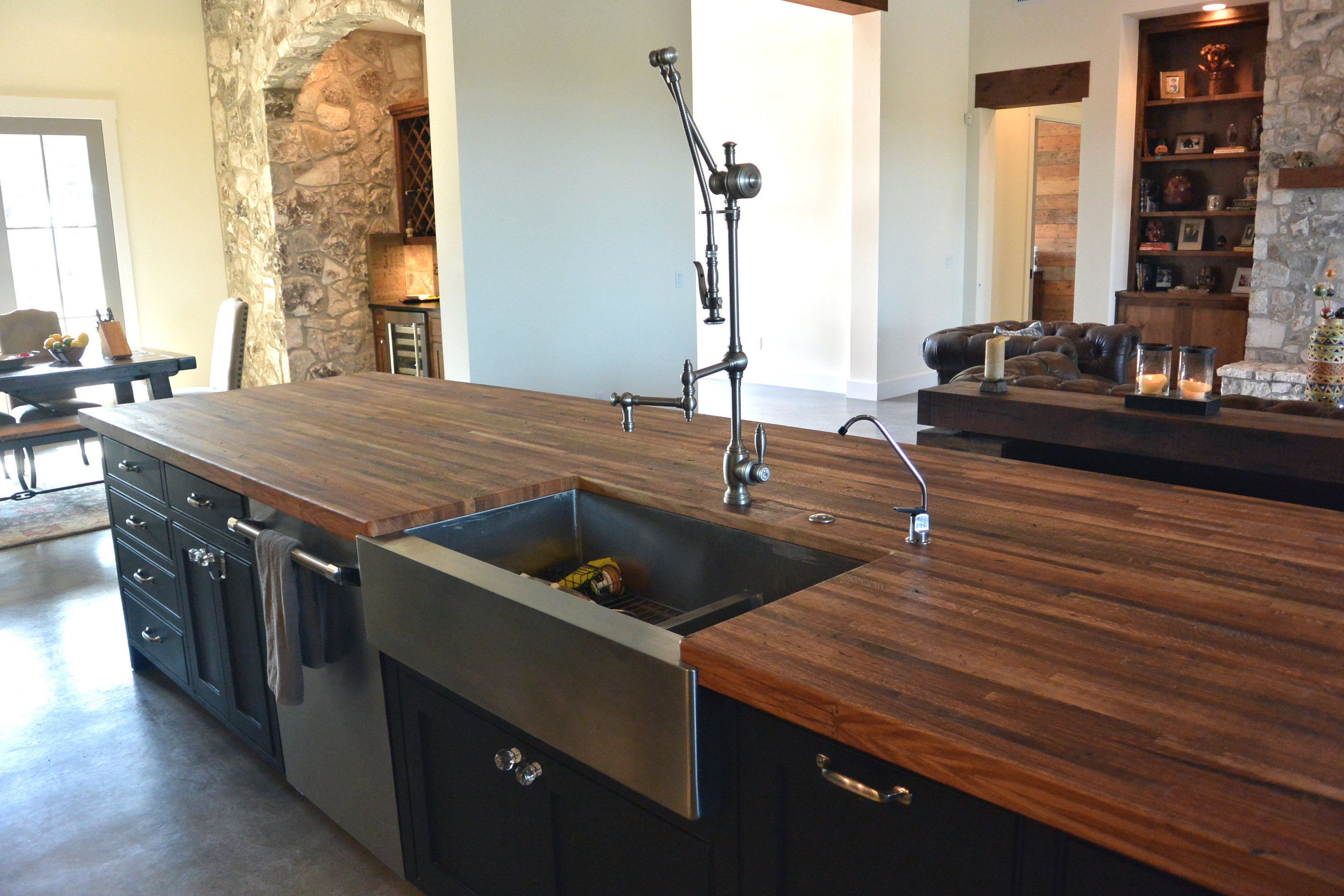 Delicieux Reclaimed Boxcar Flooring Edge Grain Wood Island Countertop With Tung Oil  Finish.