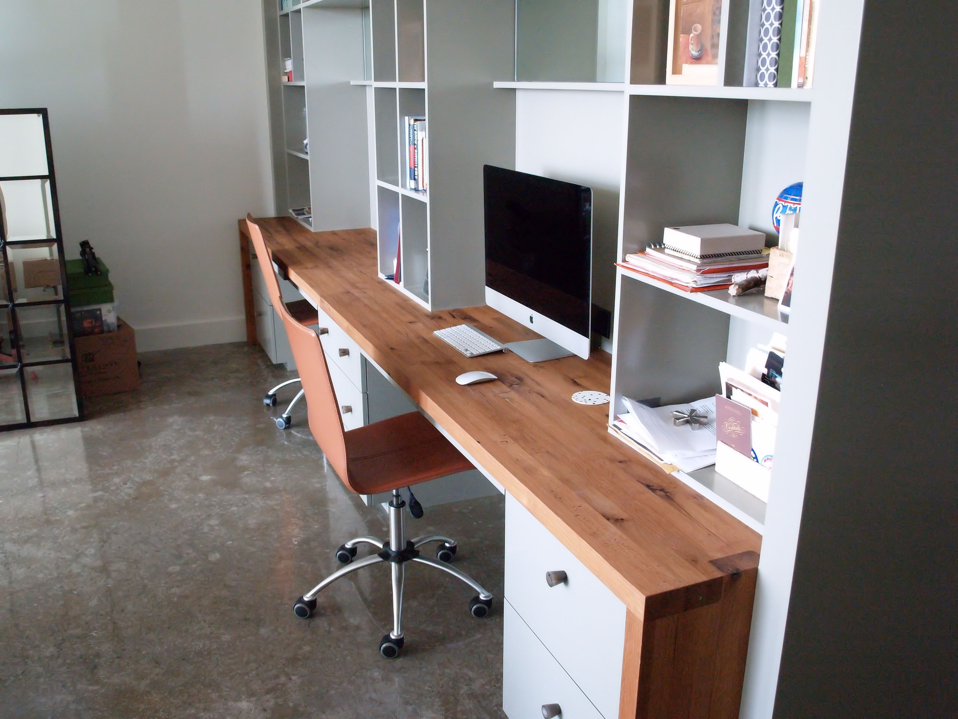 Reclaimed White Oak Custom Wood Desk With Devos Puzzle Joint Along The Length