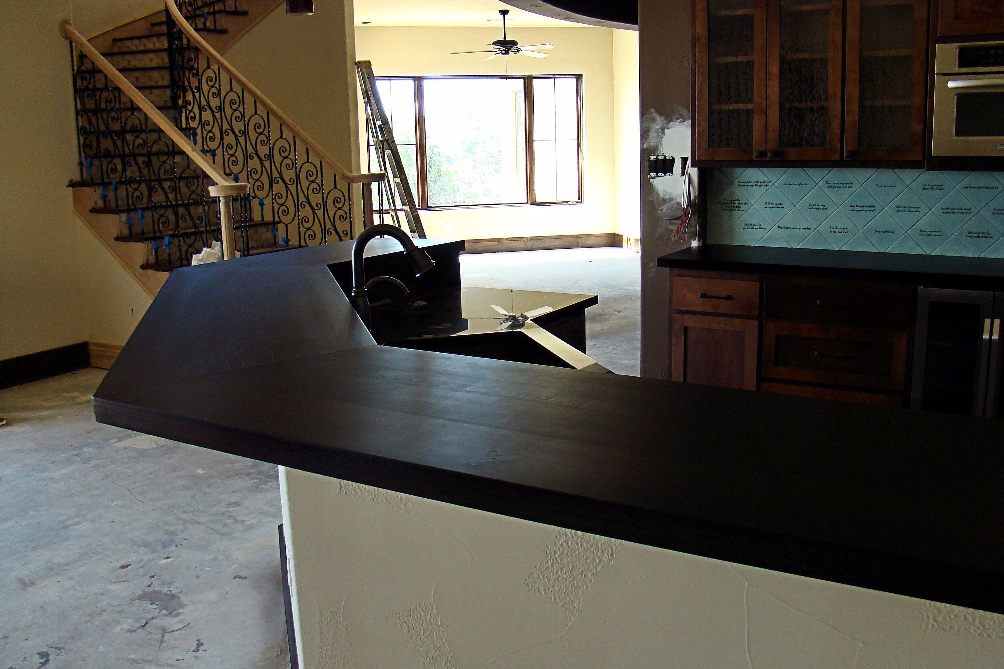Beautiful Custom Bar tops Countertops
